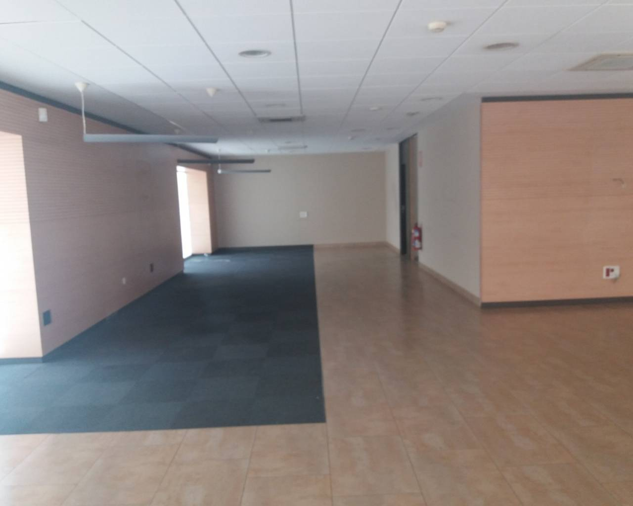 Sale - Commercial Unit - Los Alcázares